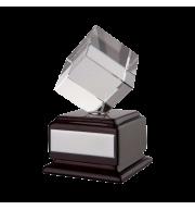 Наградная стела «Вращающийся куб»